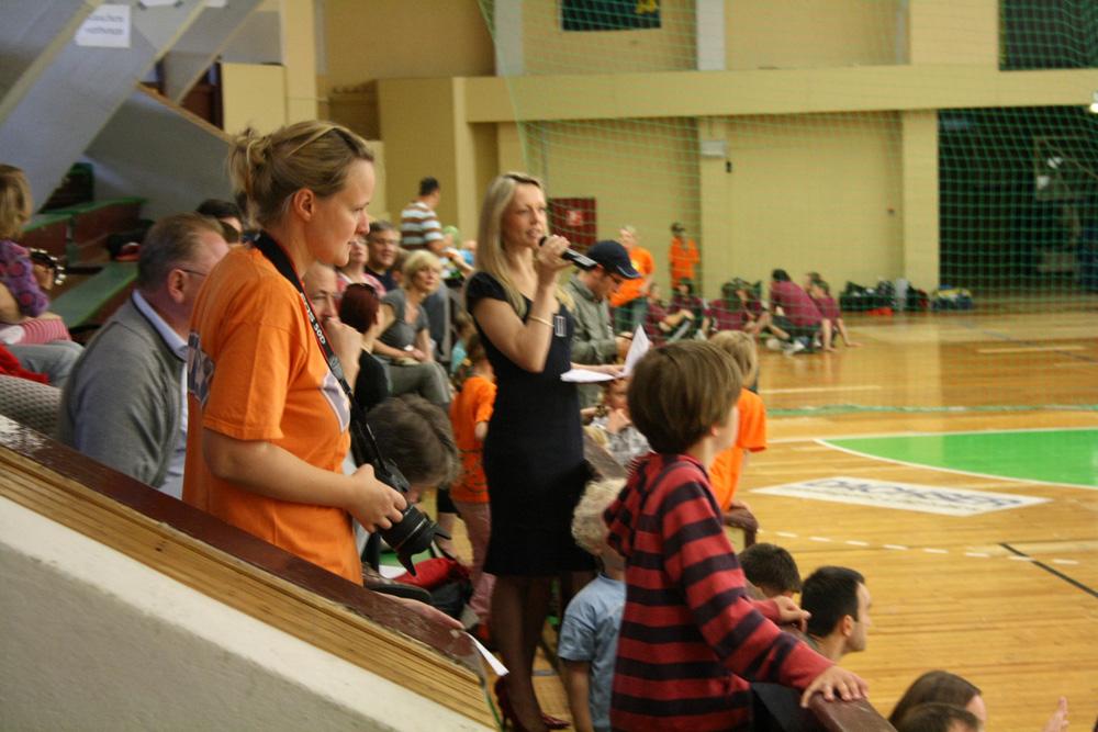 2. Handball-Benefizturnier des Presseclubs am 28. Mai 2011 in der Hermann-Gieseler-Halle (Foto: Günter Hartmann)