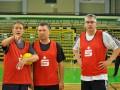 Norbert Doktor, Hartmut Krüger und Rainer Schweingel beim 2. Handball-Benefizturnier des Presseclubs am 28. Mai 2011 in der Hermann-Gieseler-Halle (Foto: Thomas Opp)