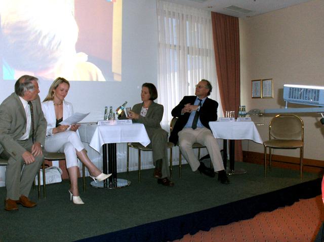 """Podiumsdiskussion zum Thema \""""Ärztemangel in Sachsen-Anhalt\"""" 2008"""